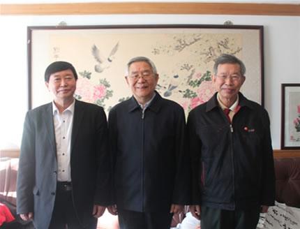 我会领导拜访看望原国务院新闻办公室副主任杨正泉老部长