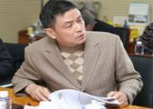 中国商业联合会副秘书长、政策研究室主任傅龙成
