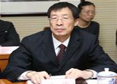 商务部特聘专家、北京工商大学教授、全国库存折扣商品专业委员会副会长洪涛