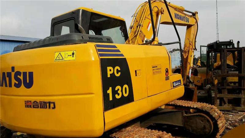 买二手130挖掘机哪里找 实惠的二手小松挖掘机