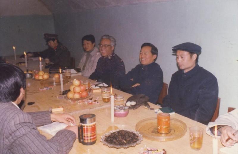 地下室会议2